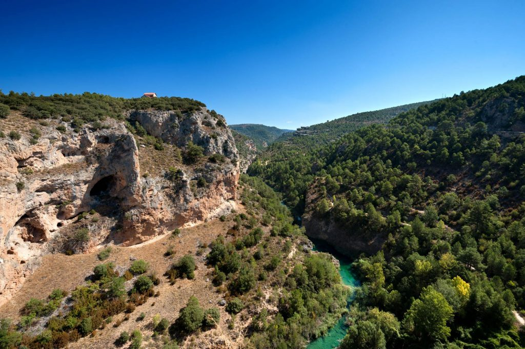 hostal bayo ubicado en la Serrania de Cuenca